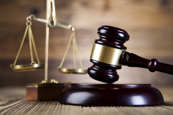 depositphotos_41648917-stock-photo-justice-scale-and-gavel