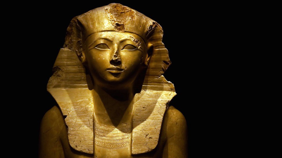 Hatshepsut: Meet the Female Pharaoh Who Ruled Egypt as a Man | by ...